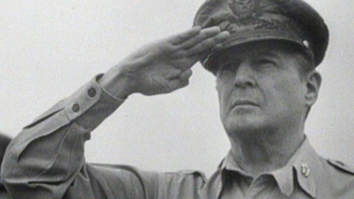 О војничкој слави и војничким наређењима